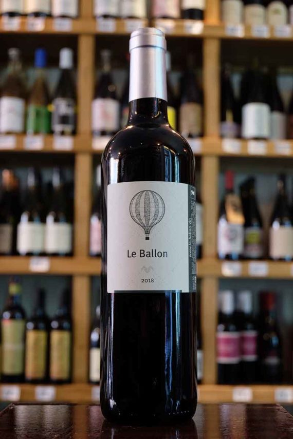 Le_Ballon_Rouge_Petit_Selve_Organic_Wine
