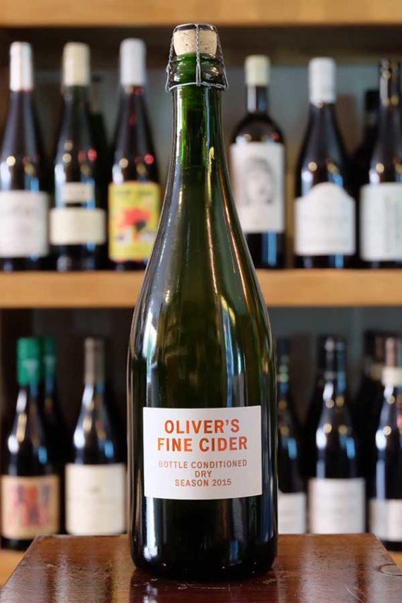 Olivers-Traditional-Sparkling-Cider